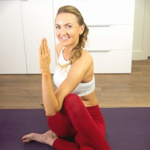 10 Min Morning Yoga With Twists for Total Body Stretch And Flexibility