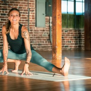 22 Minute Short and Sweet Energizing Morning Flow